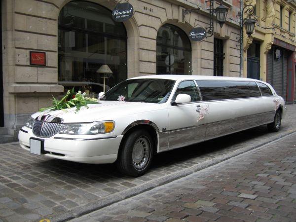 location voitures de luxe et limousines pour mariages nord pas de calais lille roubaix tourcoing. Black Bedroom Furniture Sets. Home Design Ideas
